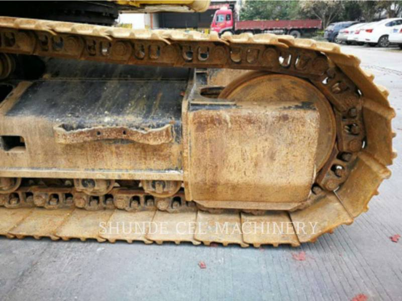 CATERPILLAR トラック油圧ショベル 320D2GC equipment  photo 7