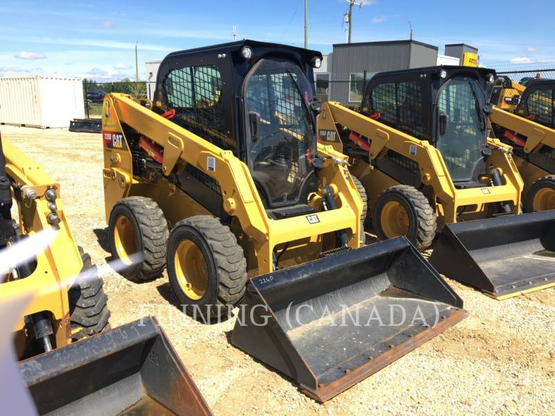 Caterpillar MINIÎNCĂRCĂTOARE RIGIDE MULTIFUNCŢIONALE 226D equipment  photo 2