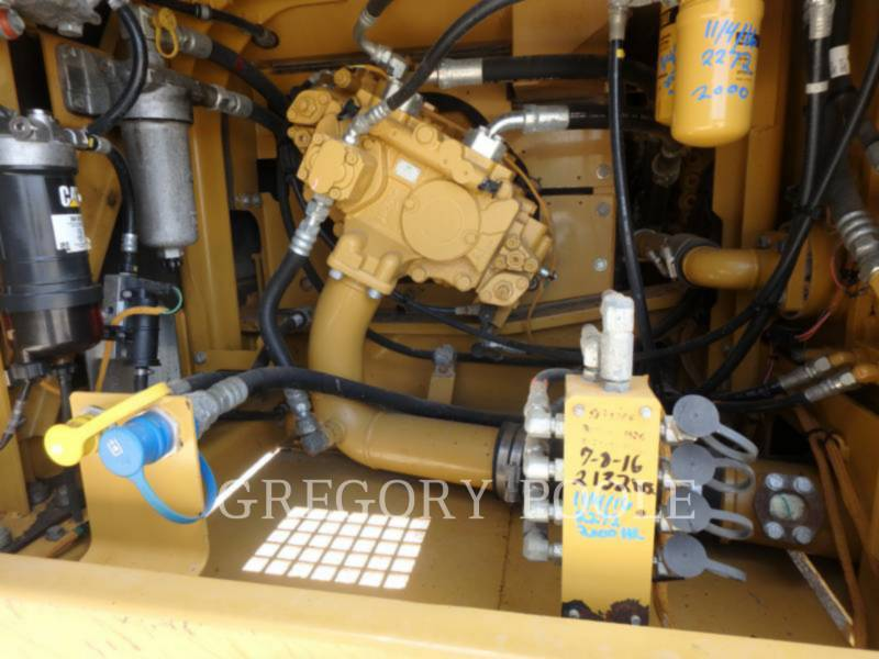 CATERPILLAR EXCAVADORAS DE CADENAS 324E L equipment  photo 19