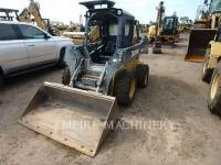 Equipment photo JOHN DEERE 318E PALE COMPATTE SKID STEER 1