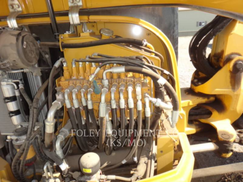 CATERPILLAR PELLES SUR CHAINES 305.5ECR equipment  photo 14
