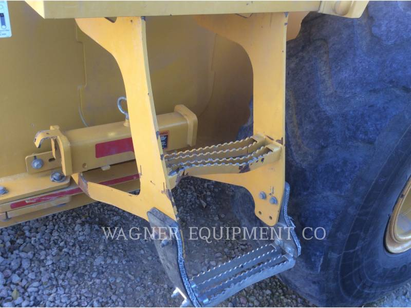 DEERE & CO. WHEEL LOADERS/INTEGRATED TOOLCARRIERS 624K equipment  photo 14