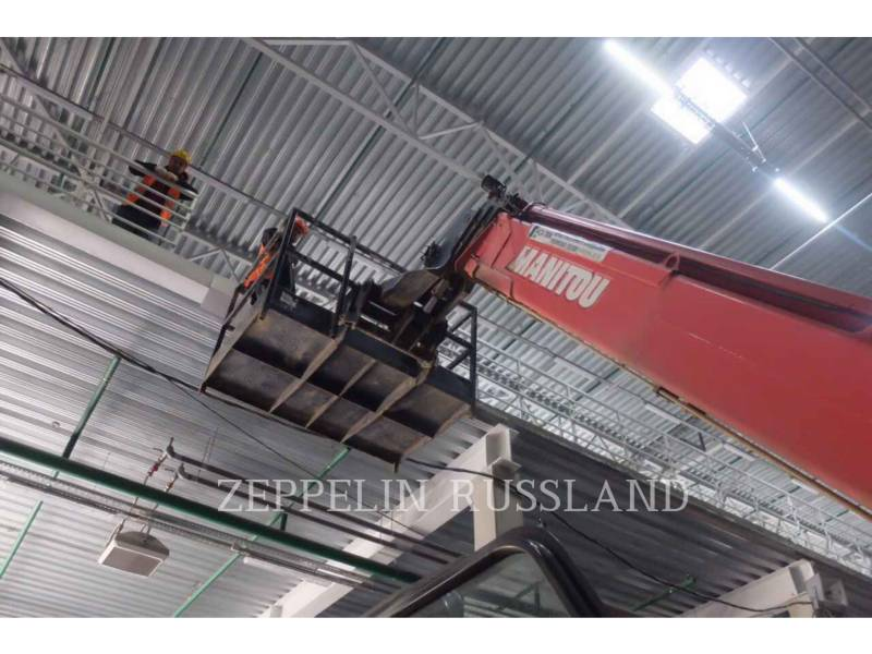 MANITOU BF S.A. TELEHANDLER MT-X 1740 SLT equipment  photo 13