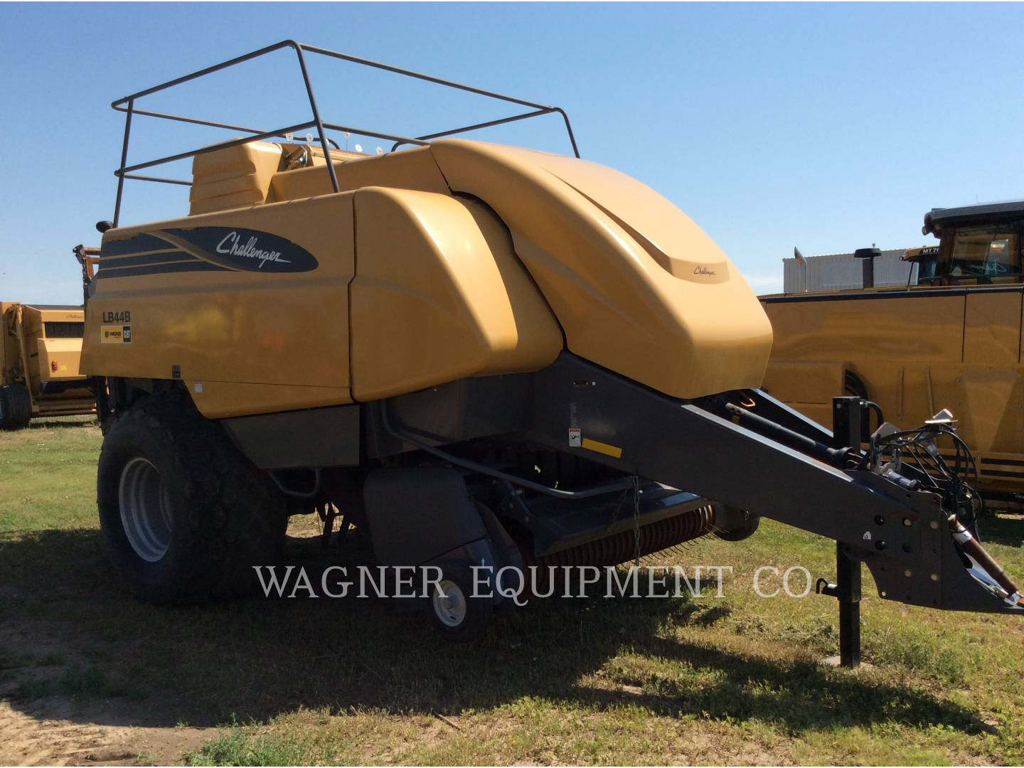 Detail photo of 2009 AGCO LB44B/CHUT from Construction Equipment Guide