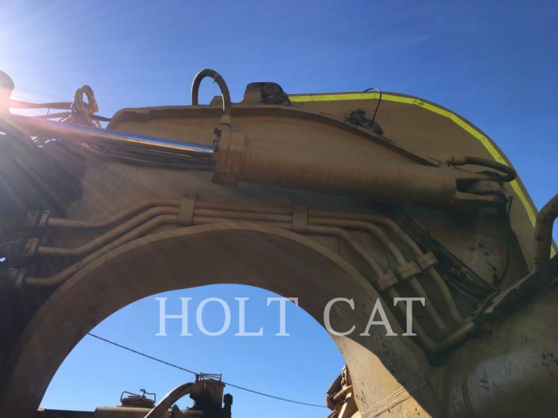CATERPILLAR WHEEL TRACTOR SCRAPERS 657E equipment  photo 10