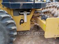 CATERPILLAR VIBRATORY SINGLE DRUM PAD CP-54B equipment  photo 19