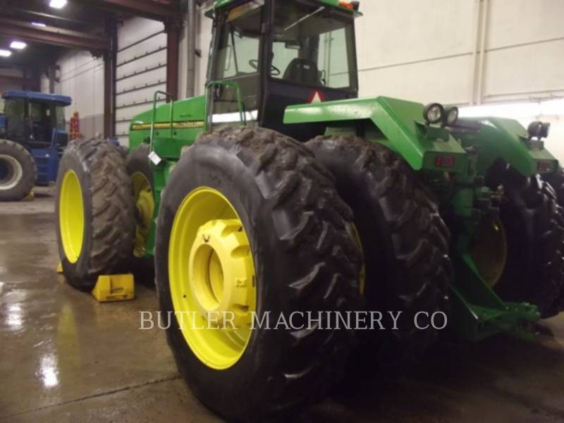 DEERE & CO. 農業用トラクタ 8770 equipment  photo 4