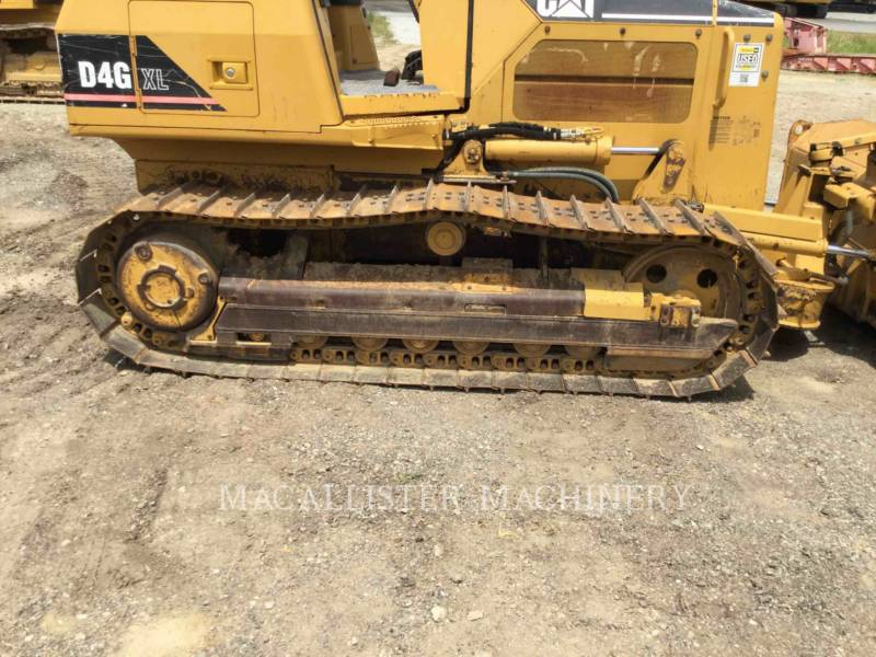 CATERPILLAR TRACK TYPE TRACTORS D4GXL equipment  photo 14