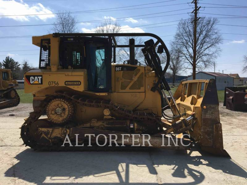 CATERPILLAR TRACK TYPE TRACTORS D6T XL equipment  photo 7