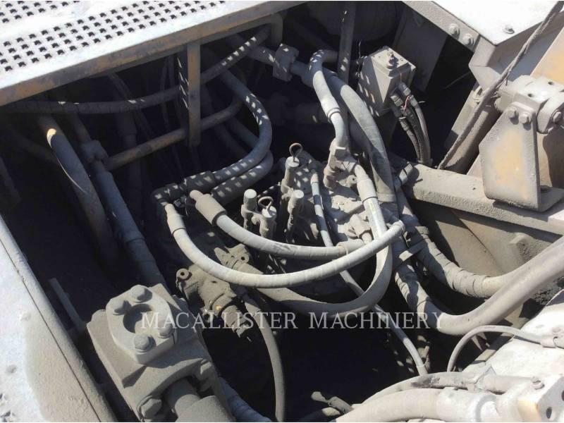 CATERPILLAR トラック油圧ショベル 345BIIL equipment  photo 9