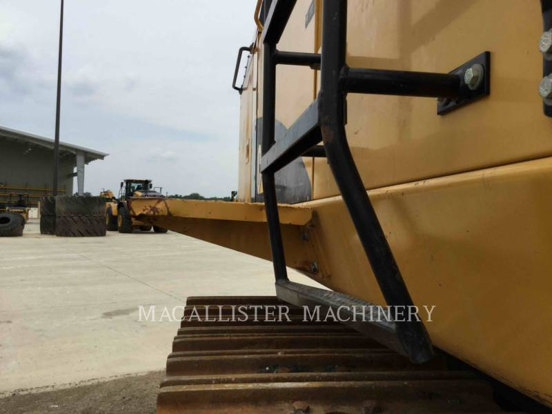 CATERPILLAR ESCAVATORI CINGOLATI 374DL equipment  photo 24