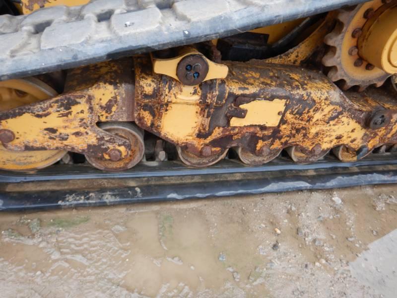 CATERPILLAR CHARGEURS TOUT TERRAIN 289 D equipment  photo 12