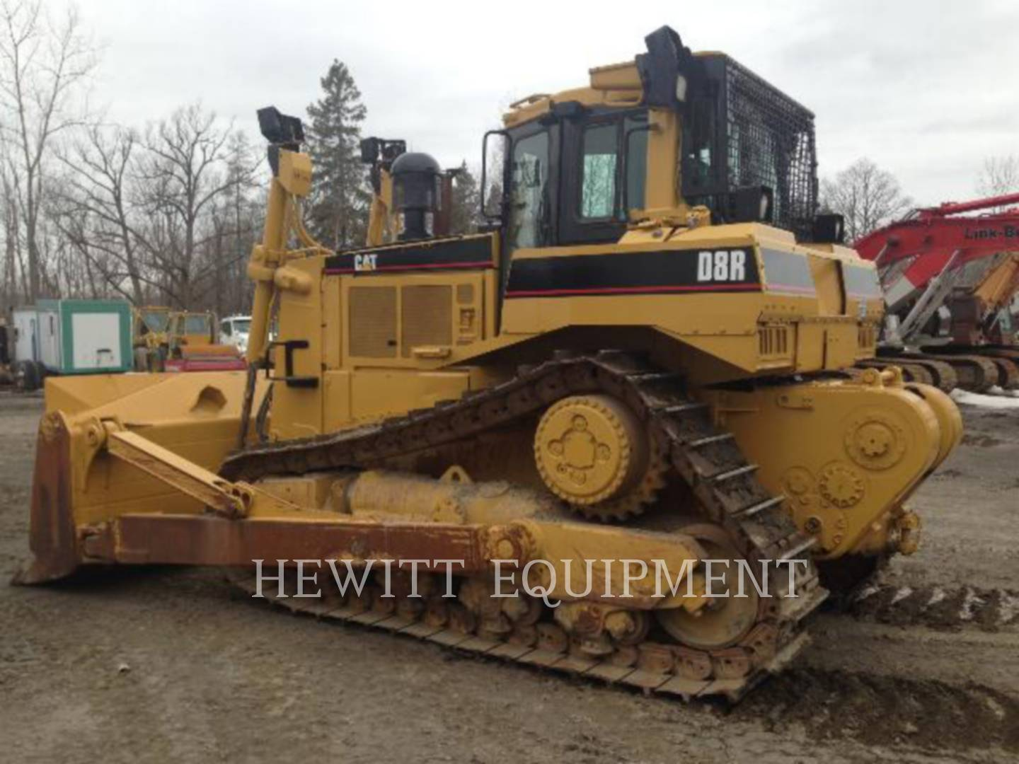 Detail photo of 1996 Caterpillar D8R from Construction Equipment Guide