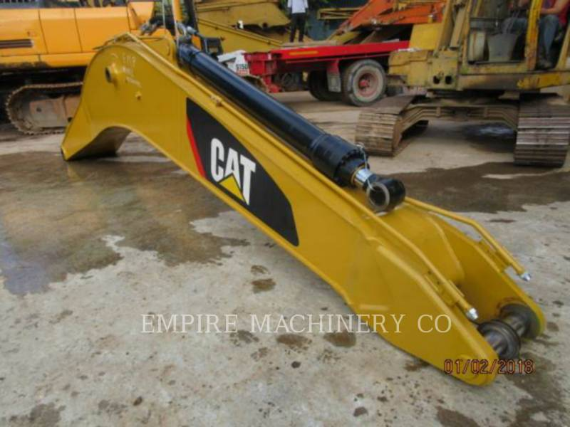 CATERPILLAR トラック油圧ショベル 320D2-GC equipment  photo 24