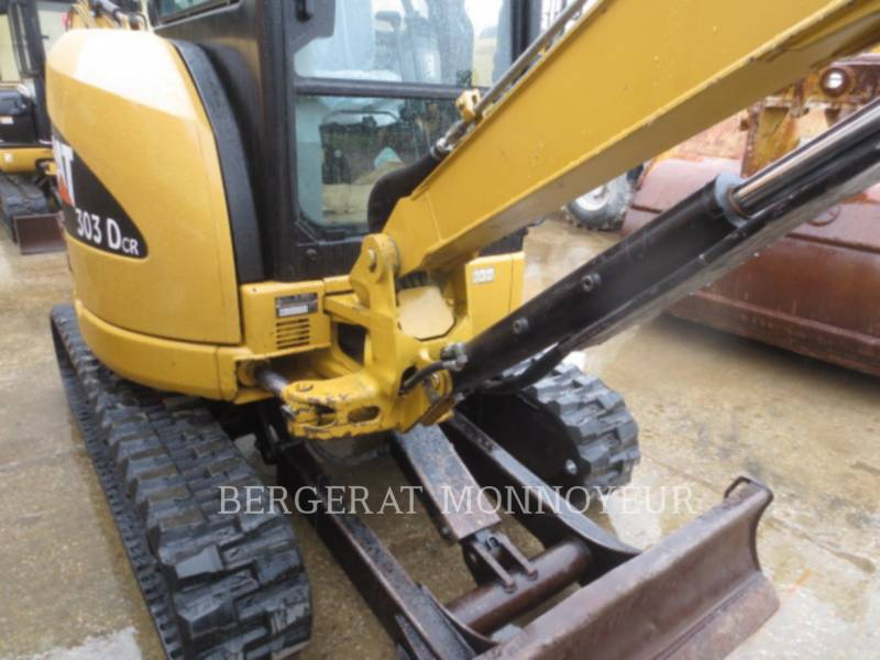CATERPILLAR EXCAVADORAS DE CADENAS 303C CR equipment  photo 8