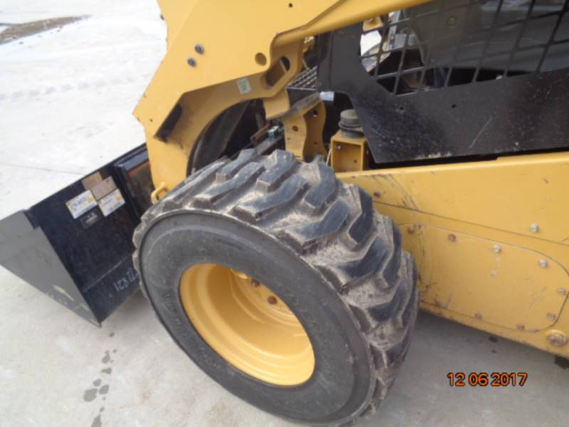 CATERPILLAR SKID STEER LOADERS 262D equipment  photo 22