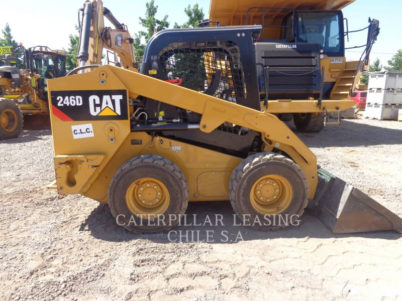 CATERPILLAR CHARGEURS COMPACTS RIGIDES 246 D equipment  photo 6