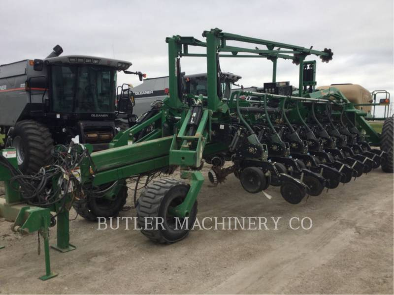 GREAT PLAINS PLANTING EQUIPMENT YP-1625 equipment  photo 8