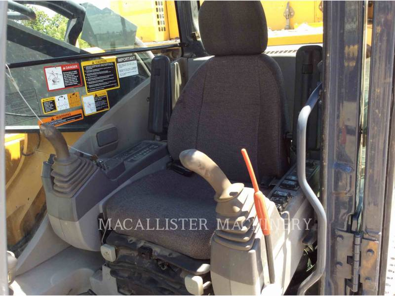JOHN DEERE TRACK EXCAVATORS 450D LC equipment  photo 19