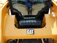 CATERPILLAR MULTI TERRAIN LOADERS 257 D equipment  photo 18