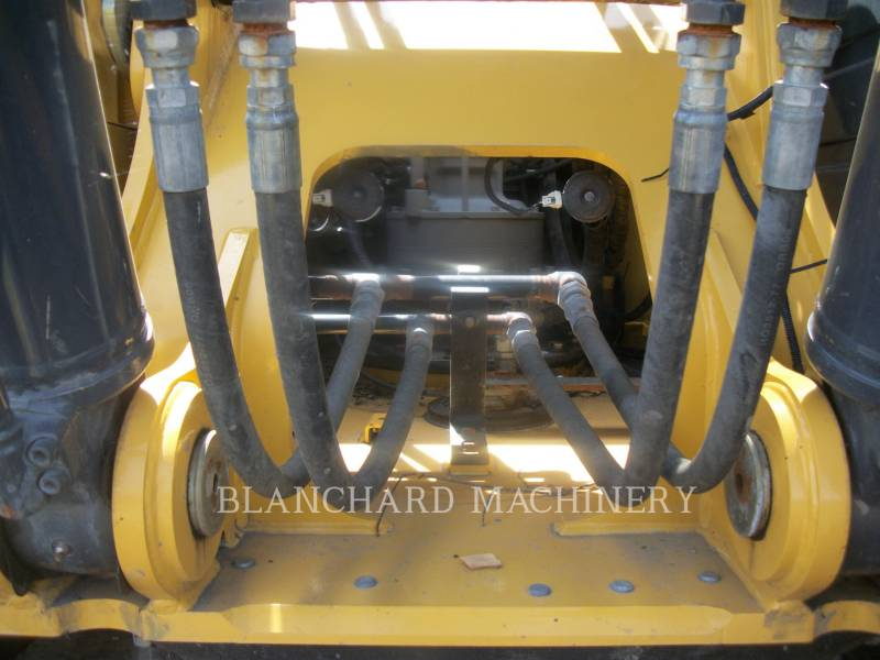 JOHN DEERE ESCAVATORI CINGOLATI 250GLC equipment  photo 12