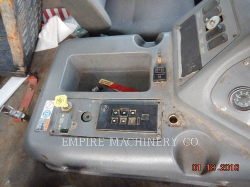 GMC AUTRES T7500 equipment  photo 4