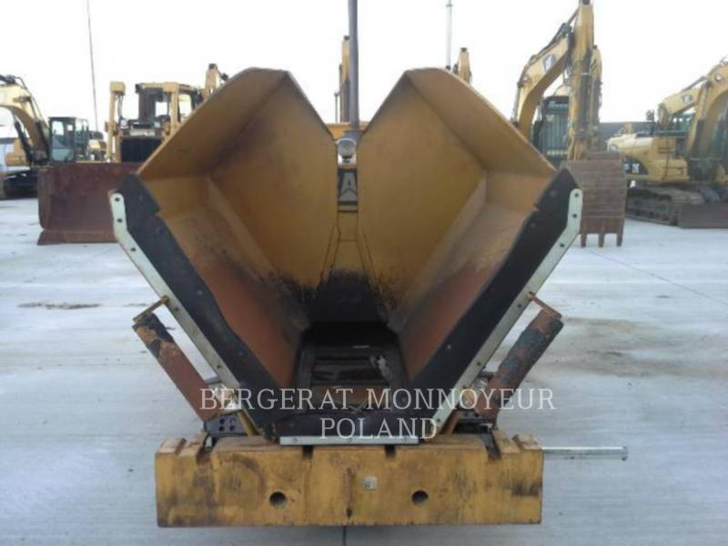 CATERPILLAR ASPHALT PAVERS AP 255 E equipment  photo 3