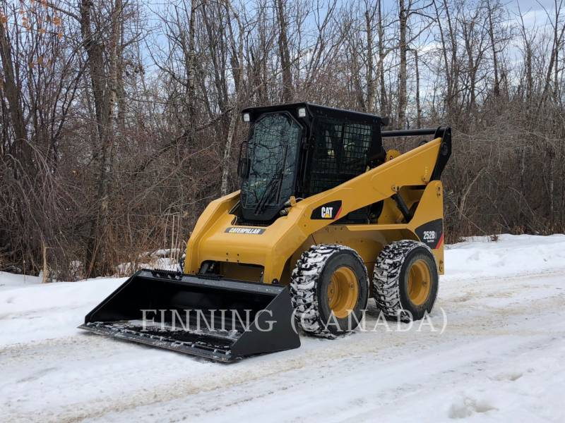 CATERPILLAR SKID STEER LOADERS 252 B SERIES 3 equipment  photo 3