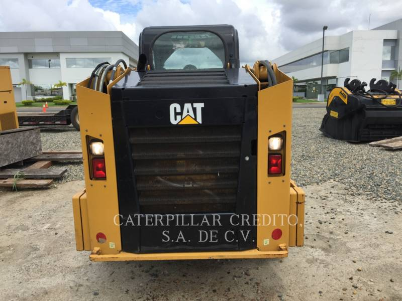 CATERPILLAR SKID STEER LOADERS 246DLRC equipment  photo 4