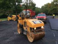 Equipment photo CATERPILLAR CB214E TANDEMVIBRATIONSWALZE, ASPHALT 1