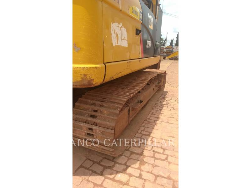 CATERPILLAR TRACK EXCAVATORS 320D2 equipment  photo 8