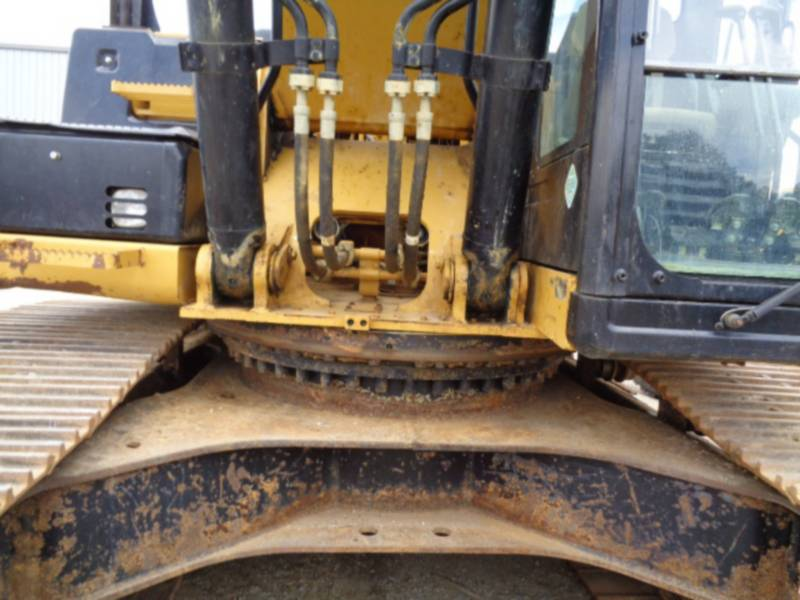 CATERPILLAR TRACK EXCAVATORS 336ELH equipment  photo 15