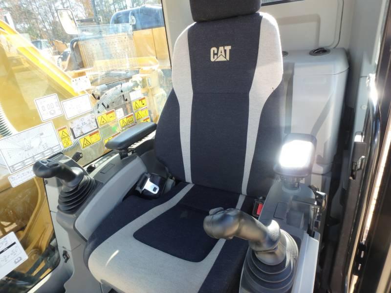 CATERPILLAR TRACK EXCAVATORS 323FL equipment  photo 7