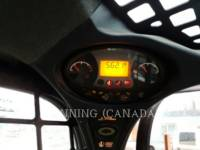 BOBCAT MINICARGADORAS S750 equipment  photo 7