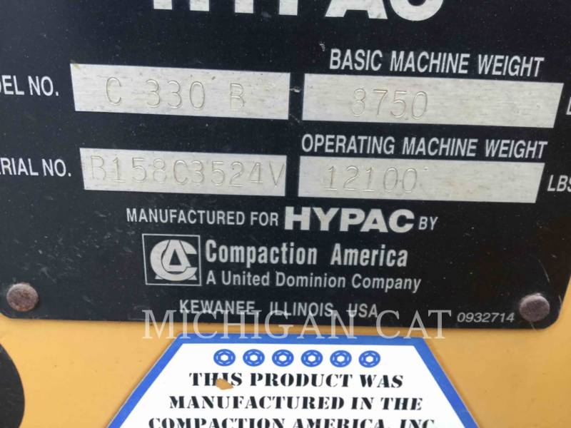 HYPAC VIBRATORY DOUBLE DRUM ASPHALT C330B equipment  photo 5