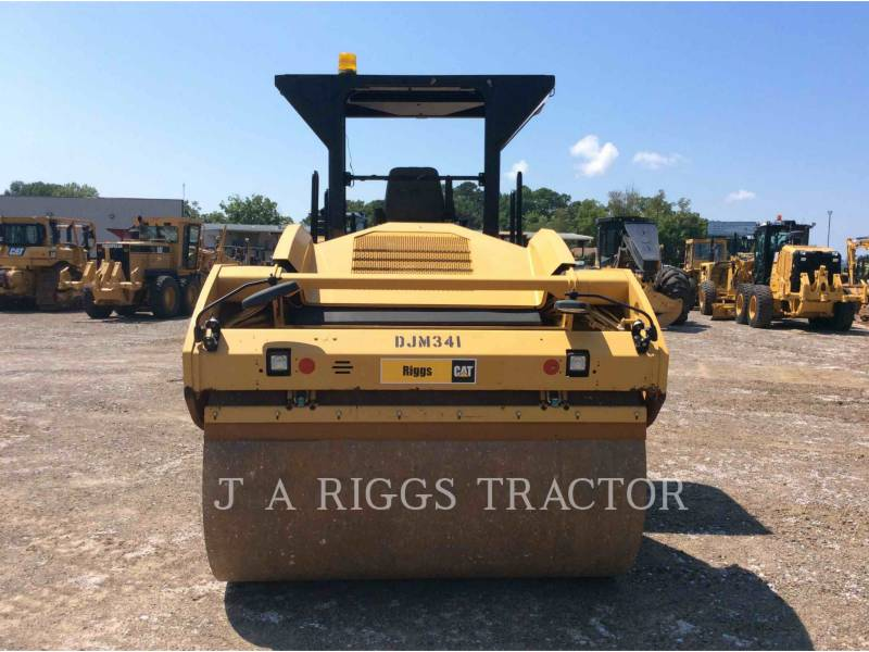 CATERPILLAR TRILLENDE DUBBELE TROMMELASFALTEERMACHINE CB64 equipment  photo 5