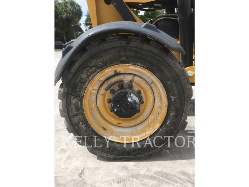 CATERPILLAR TELEHANDLER TL1055C equipment  photo 11