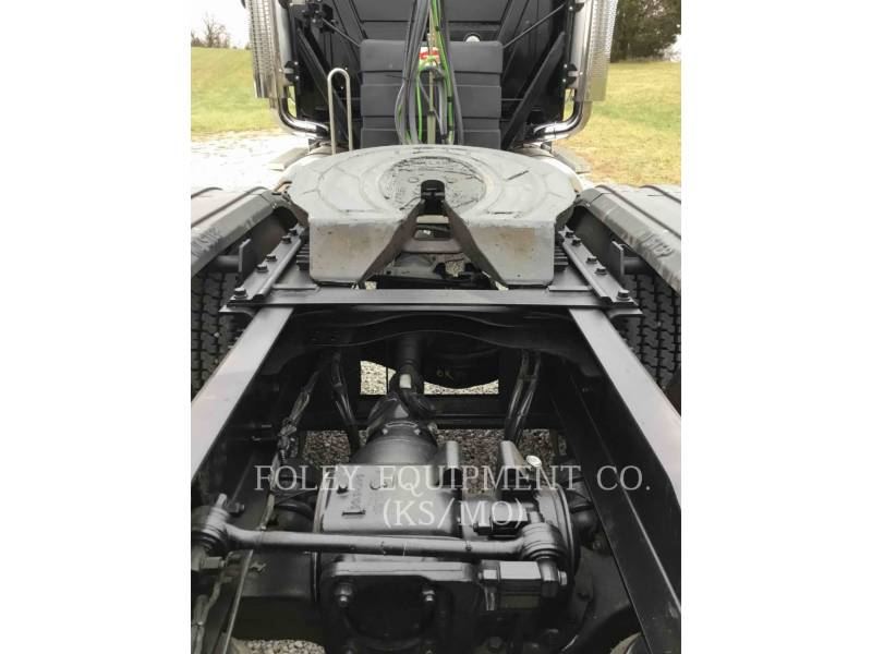 MACK CAMIONS ROUTIERS CNH613 equipment  photo 15