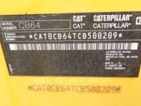 CATERPILLAR TANDEMVIBRATIONSWALZE, ASPHALT CB64 equipment  photo 4