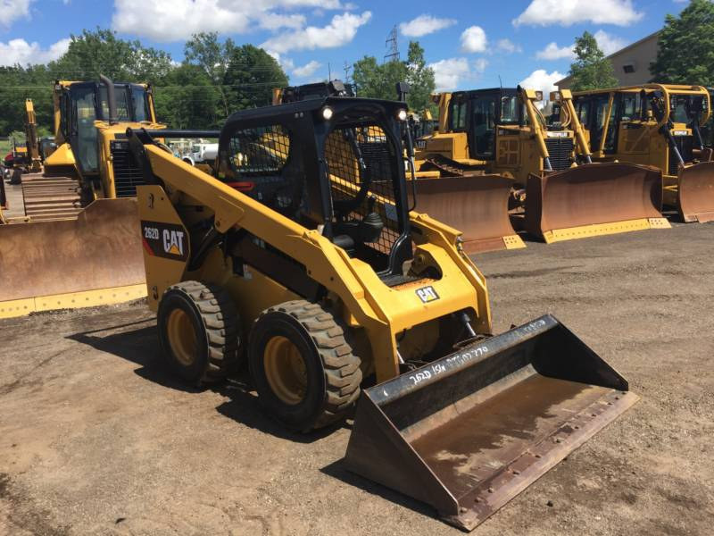 CATERPILLAR MINICARGADORAS 262D equipment  photo 12