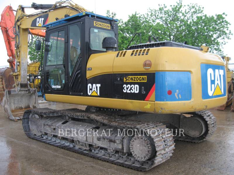 CATERPILLAR PELLES SUR CHAINES 323D equipment  photo 3