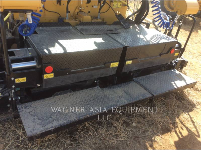 CATERPILLAR ASPHALT PAVERS AP-300 equipment  photo 15