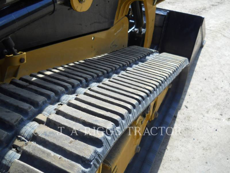 CATERPILLAR MULTI TERRAIN LOADERS 239D equipment  photo 16