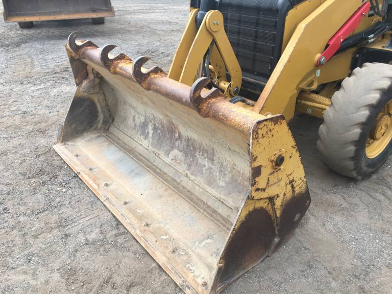 CATERPILLAR BACKHOE LOADERS 420FST equipment  photo 17