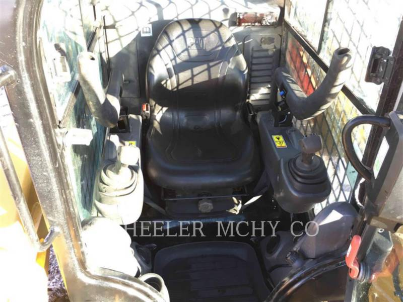 CATERPILLAR SKID STEER LOADERS 246D C3-H4 equipment  photo 5