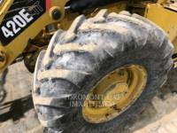 CATERPILLAR CHARGEUSES-PELLETEUSES 420 E IT equipment  photo 3
