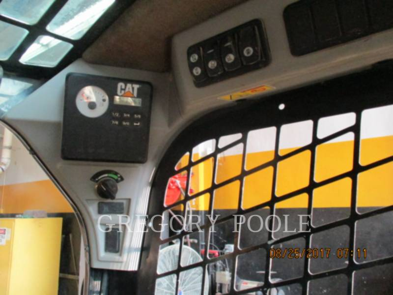 CATERPILLAR MULTI TERRAIN LOADERS 259D N equipment  photo 19
