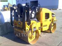 CATERPILLAR 振动双碾轮沥青设备 CB24B equipment  photo 1