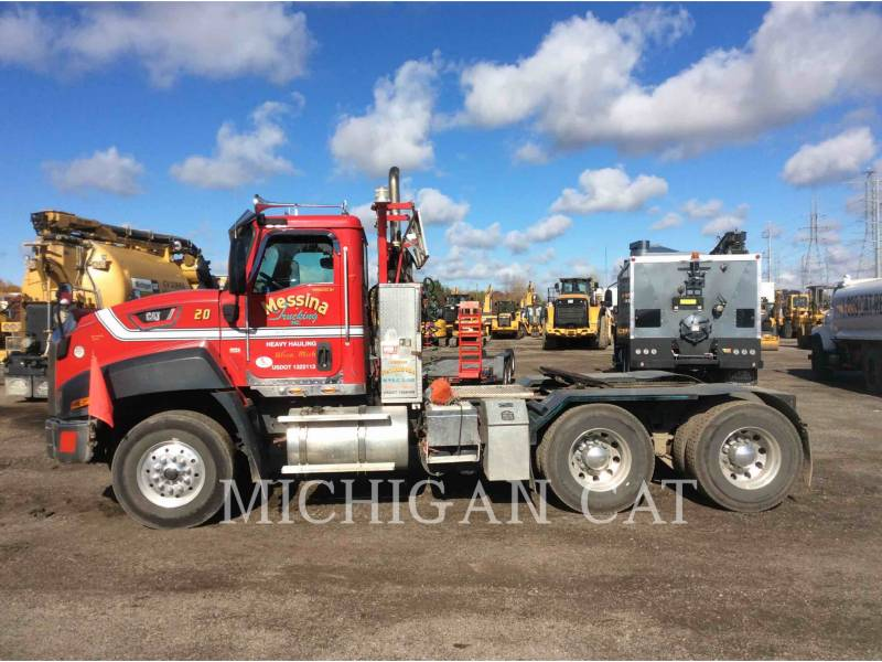 CATERPILLAR CAMIONES DE CARRETER CT660 TS15M18 equipment  photo 10