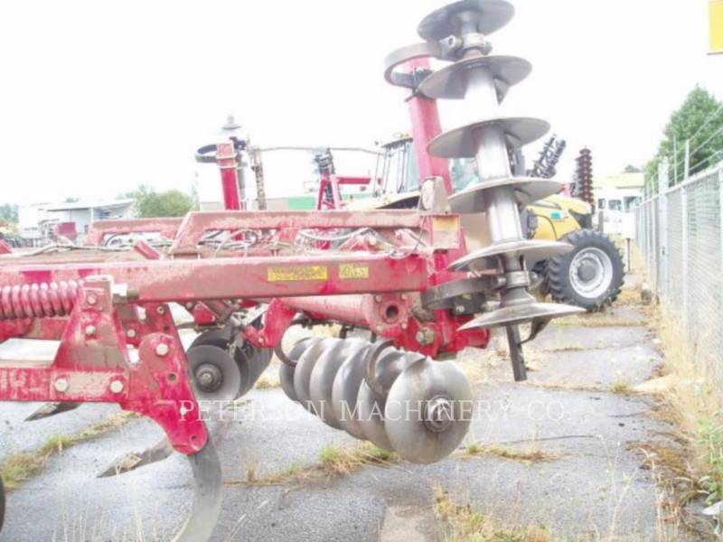 SUNFLOWER DISC AG TRACTORS SF4412-07 equipment  photo 4